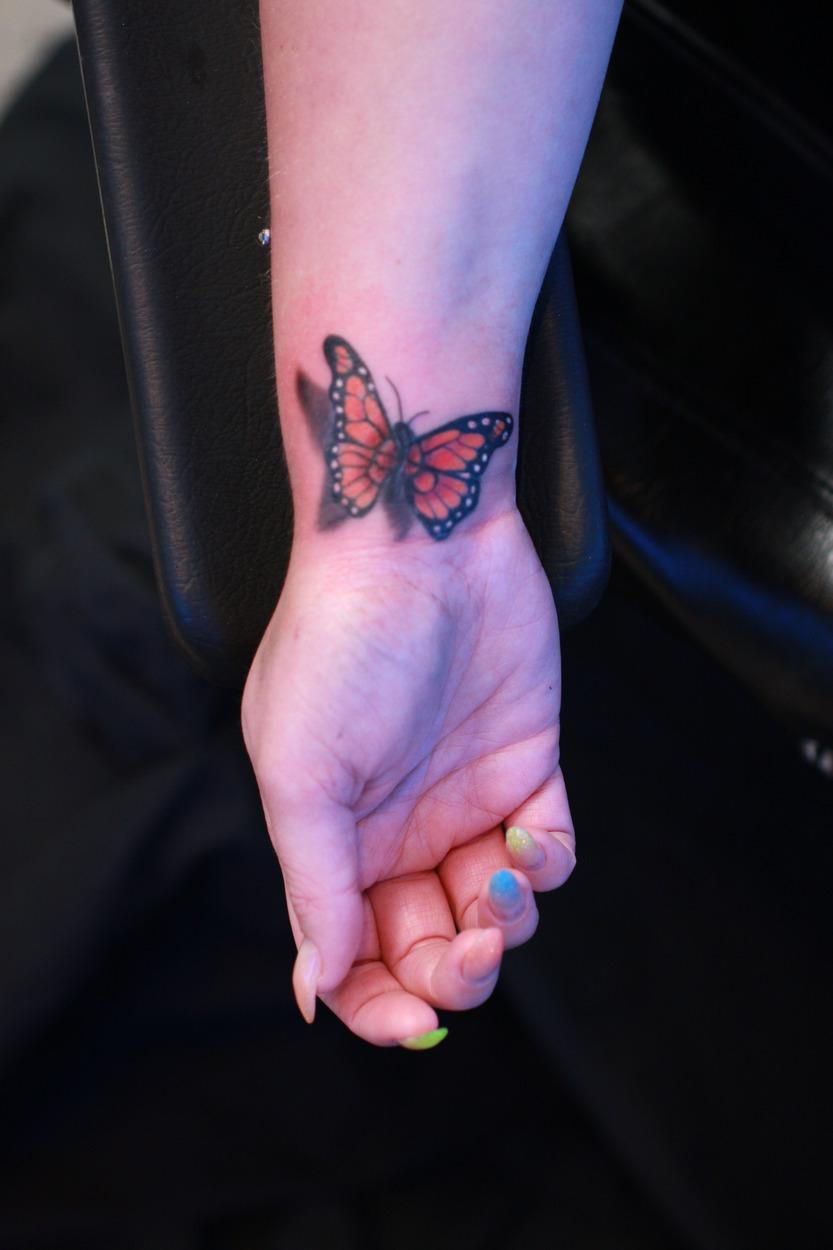 tattoo-op-de-pols